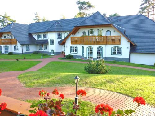 . Landhaus Müritzgarten Hotel garni