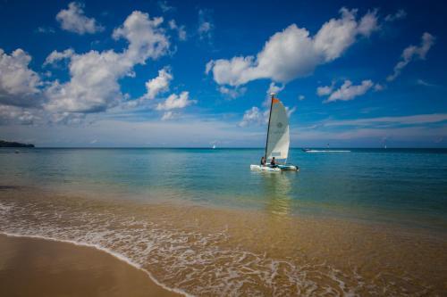 La Brellotte Bay, Gros Islet 1477, St Lucia.