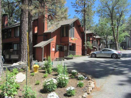 Two-Bedroom Standard Unit #60 by Escape For All Seasons - Big Bear Lake, CA 92315