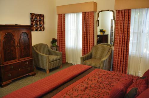 The Eagle Inn - Santa Barbara, CA 93101