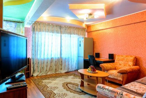. Apartment TwoPillows on Pischevikov 2