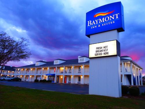. Baymont by Wyndham Florence/Muscle Shoals
