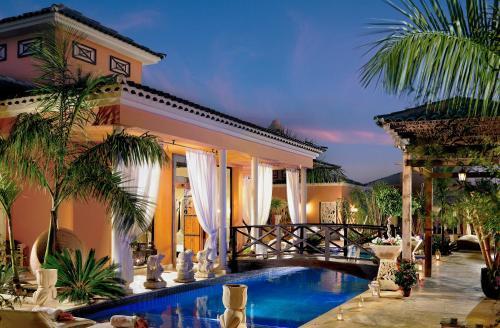 Campo de Golf Costa Adeje - Finca Los Olivos, Adeje 38670, Tenerife, Spain.