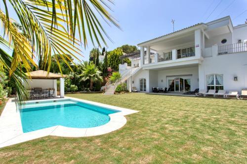 . Villa Dorian