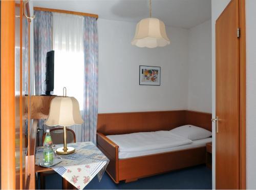 __{offers.Best_flights}__ Hotel Grüner Baum