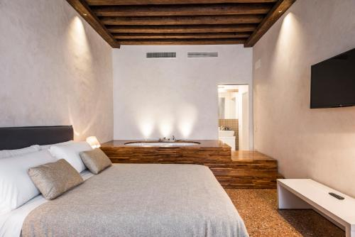 Hotel MyPlace Campo Santa Margherita Apartments