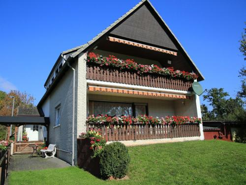 . Cozy Apartment near Forest in Hullersen