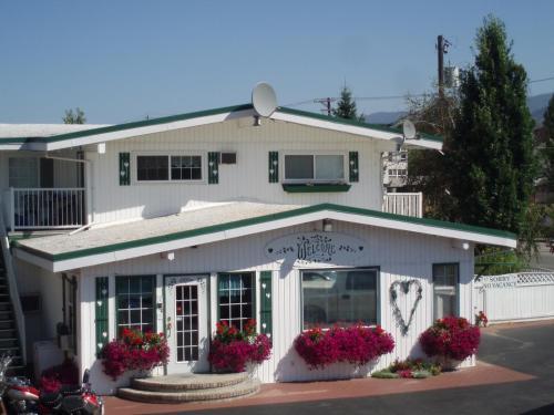 Empire Motel