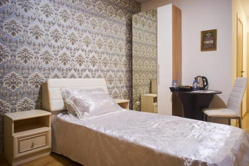 Camera single cu baie (Single Room with Bathroom)
