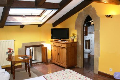 Doppel-/Zweibettzimmer mit Zustellbett Hotel Palacio Obispo 20