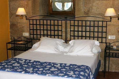 Double or Twin Room Hotel Palacio Obispo 14
