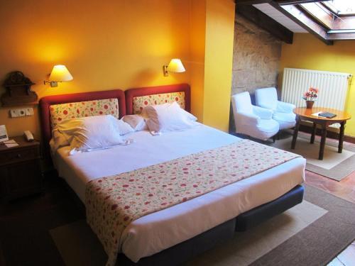 Doppel- oder Zweibettzimmer Hotel Palacio Obispo 18