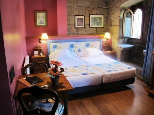 Doppel-/Zweibettzimmer mit Zustellbett Hotel Palacio Obispo 18