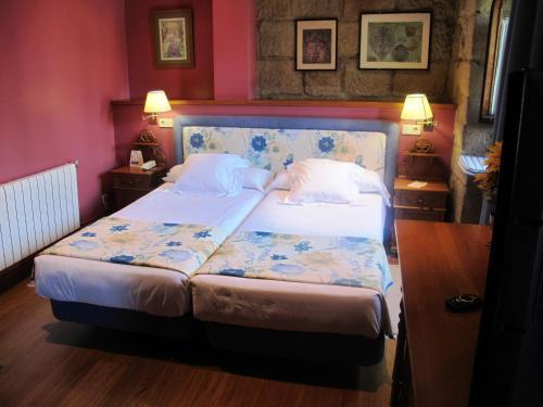 Double or Twin Room Hotel Palacio Obispo 16