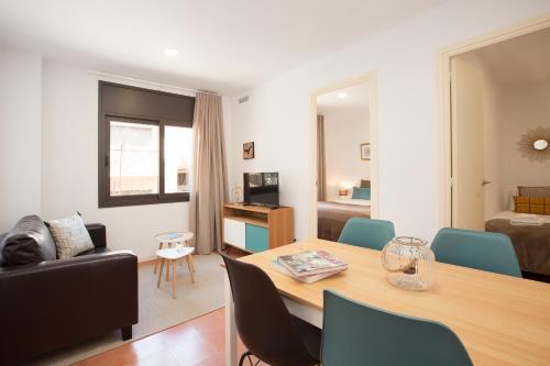 Click&Flat Europa Fira Apartments, Hospitalet De Llobregat