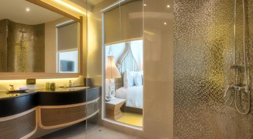 Anajak Bangkok Hotel photo 27