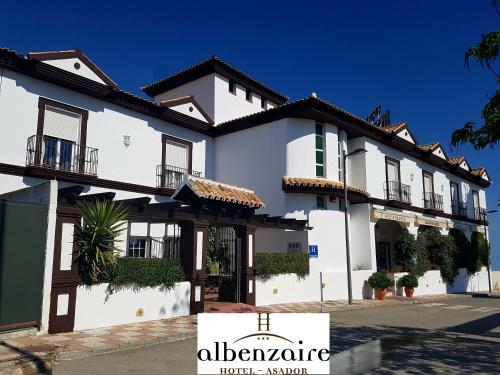 Albenzaire Hotel Asador - Fuensanta