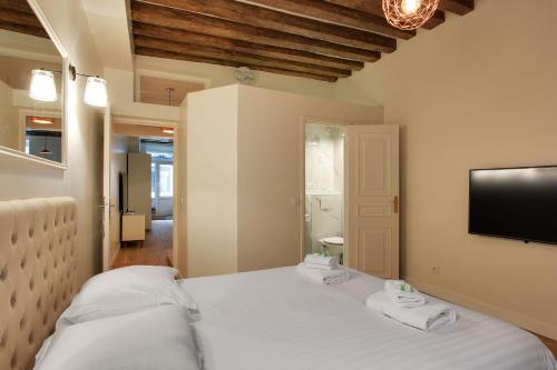 Pick a Flat - Le Marais / Vieille du Temple apartements photo 13