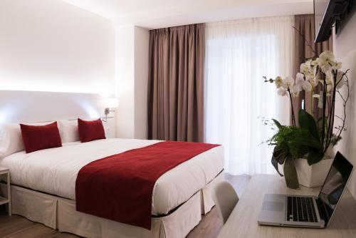 Hotel Pompaelo Plaza del Ayuntamiento & Spa - Pamplona