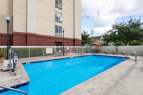 Hampton Inn Leesburg - Leesburg, FL 34788