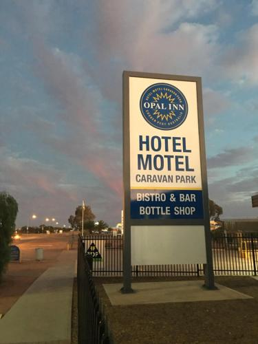 . Opal Inn Hotel, Motel, Caravan Park