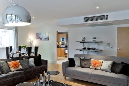 5 Star Central London 3 Bedroom Apartment photo 27