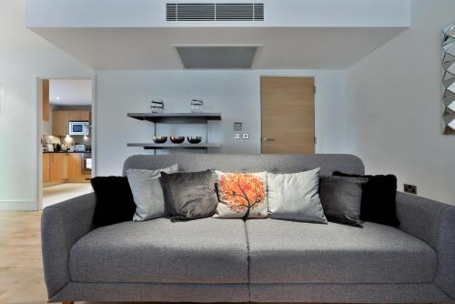 5 Star Central London 3 Bedroom Apartment photo 28