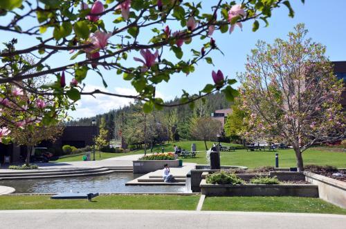 Hotel Ubc Okanagan Campus