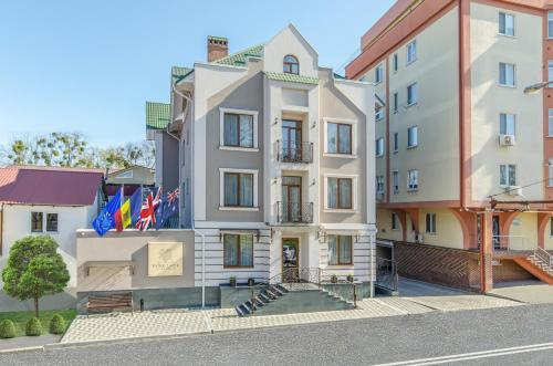 Park Lane Hotel, Moldova