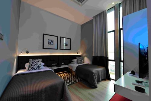 PJ-Luxe Boutique Hotel Prices, photos, reviews, address