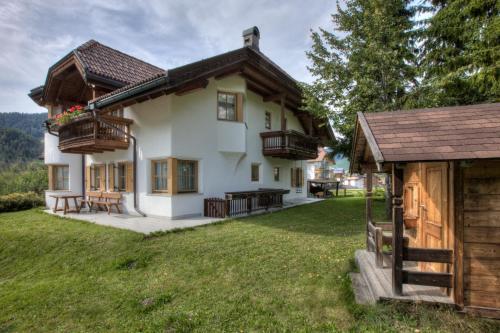 Alexander Mountain-Lodge - Hotel - San Vigilio di Marebbe / St Vigil in Enneberg
