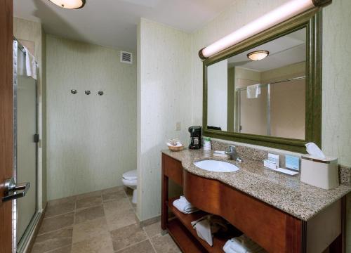 Hampton Inn & Suites Rockland - Rockland, ME 04861