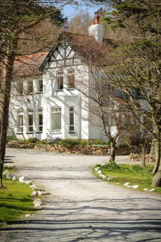 Sychnant Pass Country House - Photo 4 of 28