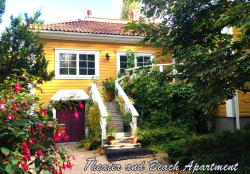 Theater and Beach Apartment - Tampere