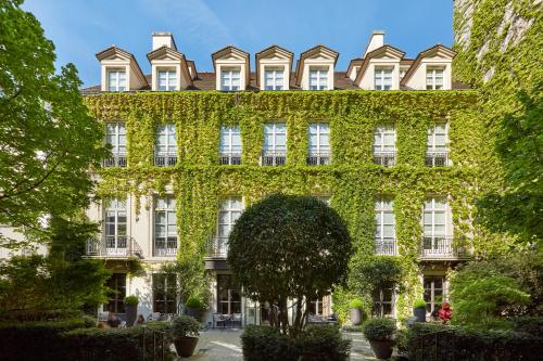 Le Pavillon De La Reine & Spa, Paris