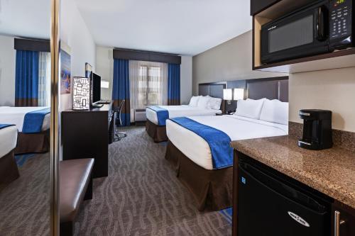 Holiday Inn Express & Suites Glenpool-Tulsa South - Glenpool, OK 74033