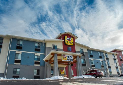Book Cheap Hotels Near Carlanna Lake Trail Deals Discount Triphobo