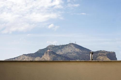 Via Principe di Belmonte 68, 90139 Palermo, Italy.