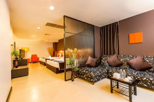 Miramar Hotel photo 48