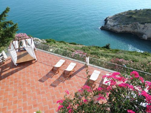 . Baia Scirocco Bed and Breakfast