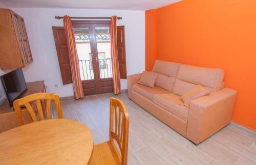 Apartma z 1 spalnico 6 (One-Bedroom Apartment 6)