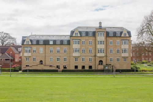 Picture of Abbey Field Executive Apartments