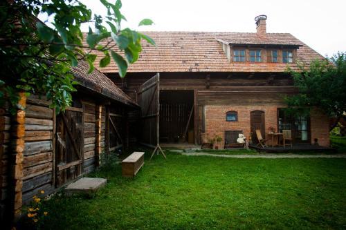 Barn guesthouse / Csűr vendégház - Delniţa