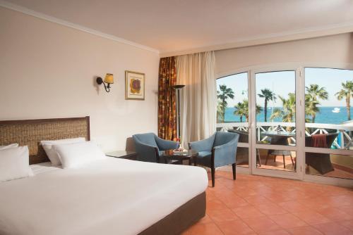 Porto Sokhna Beach Resort rum bilder
