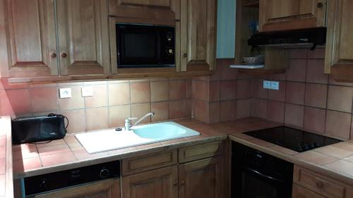 Apartamento com 4 Quartos (10 Adultos) (Four-Bedroom Apartment (10 Adults))