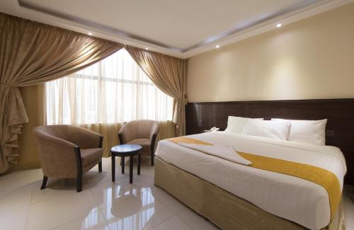 . Snood Al Azama Hotel
