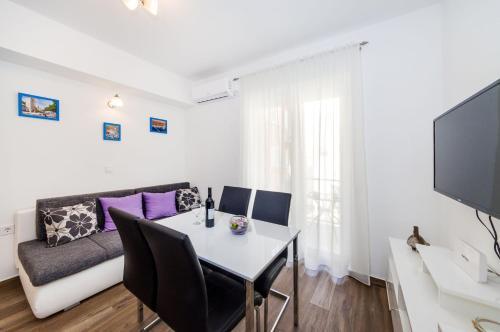 Apartment Miracool, 23000 Zadar
