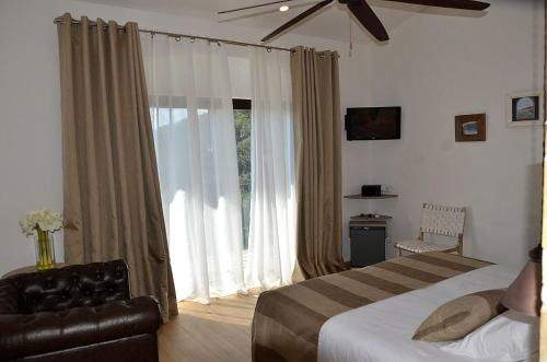 Double Room with Mountain View Hotel Galena Mas Comangau 7