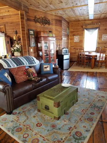 The Perkins House - Accommodation - Cornish