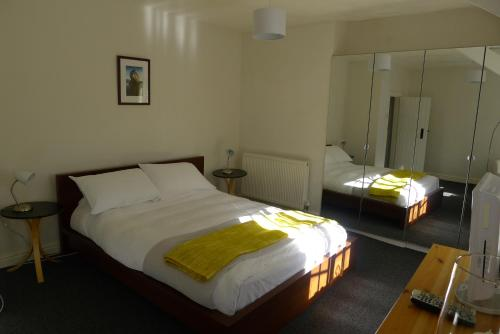 Totters Hostel - Photo 2 of 10